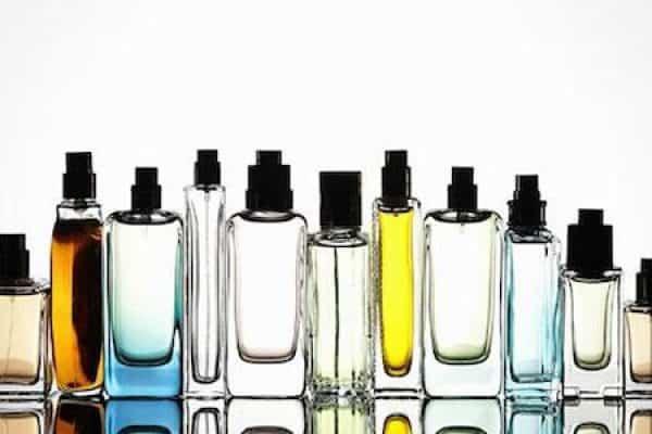 Wanita Haram Memakai Parfum?