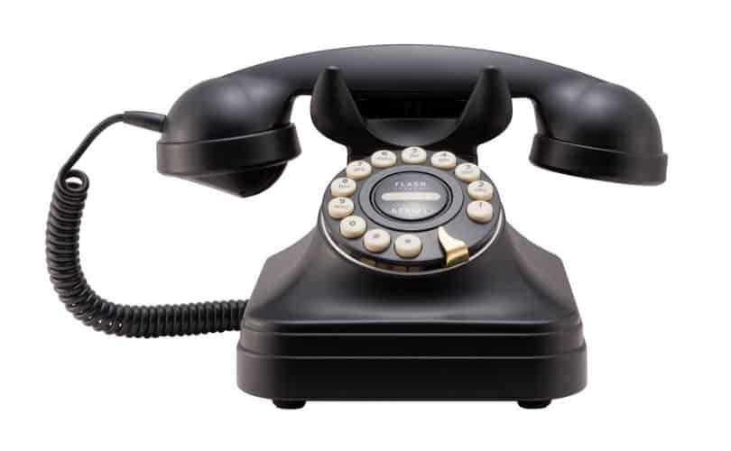 Bolehkah Wanita Bicara Dengan Lelaki Ajnabi Di Telepon?