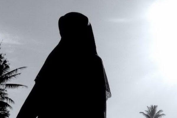 Qadha Puasa Wanita Hamil dan Wanita Menyusui Menurut Syaikh Al-Albani